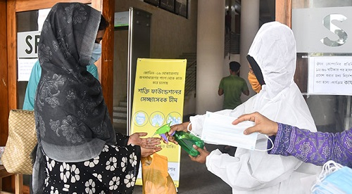 Distribution of Mask, Sanitizer & Safe Drinking Water Free of Cost for COVID-19 in Hospitals